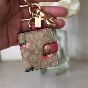 🌸NWT Coach Signature Print Strawberry Photo Charm